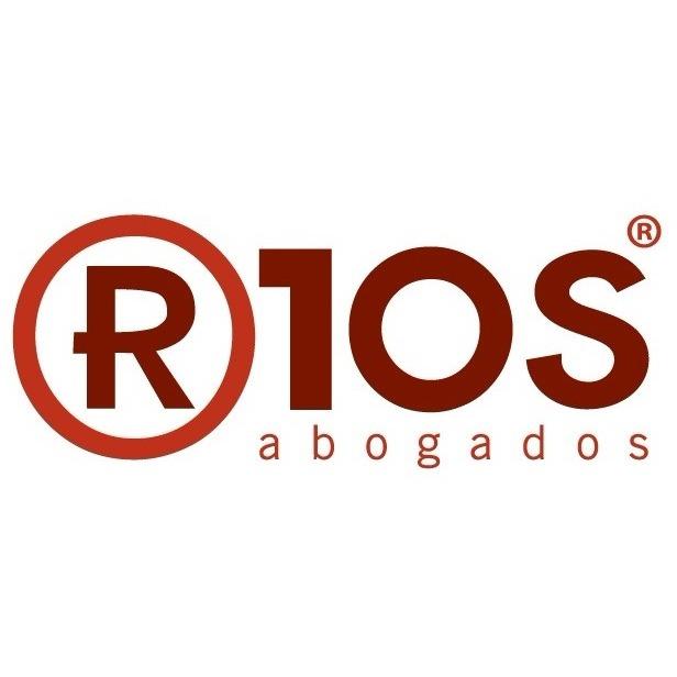 the R1os Abogados logo.
