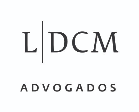 the LDCM Advogados logo.