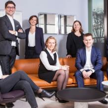 After Caroline Cazaux joined the company as a partner in the competition and distribution department, Bignon Lebray has continued its growth with the arrival of four partners from Brunswick and three internal promotions.  The French firm has welcomed Marie-Charlotte Diriart, Nicolas Moreau, Alban de Vyver, and François Vignalou as partners. Élise Dufour, Ondine Prévoteau and Pierre-Emmanuel Scherrer have been co-opted as partners.