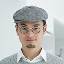 Frank Wang is a perfect example of Chinese ambitions in tech. With an unparalleled sense of innovation, he has propelled the DJI drone manufacturer to the rank of global disruptor all the while ensuring his company a production capacity at lower cost and very competitive selling prices ($1,000 on average for a drone).