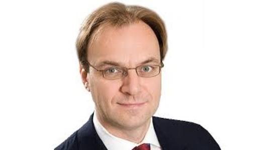 Sidley Austin's global finance practice co-head and former London managing partner Matthew Dening has left for Baker McKenzie