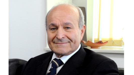 Issad Rebrab, CEO of Cevital group, is one of Africa's richest men. His conglomerate has a turnover of four billion dollars, and has grown 30% per year on average since 1998. The success story of Issad Rebrab, born in Algeria into a modest family, began with the creation of an accountancy firm in 1968. Three years later, on the advice of one of his clients, he bought shares in the metallurgical construction company Sotecom, which he acquired completely shortly after. Before long, he had emerged as an influential industrialist in Algeria.