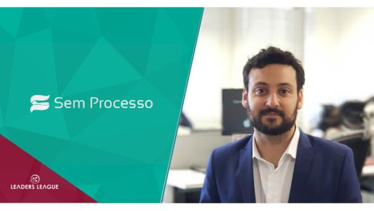 Bruno Feigelson is CEO of Sem Processo, a Brazilian lawtech which reduces litigation by connecting lawyers from both sides of the table. In this interview, Mr. Feigelson discusses technology's potential to decrease legal disputes in Brazil and abroad.