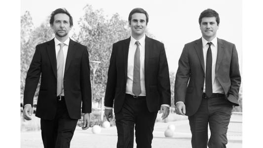 Former Jara del Favero and Transelec lawyers, Dino Pruzzo, Javier Ruscica and Francisco Brotfeld, have decided to join forces and launch a new law firm entitled Pruzzo Ruscica Brotfeld Abogados, which will focus on environment, natural resources and energy matters.