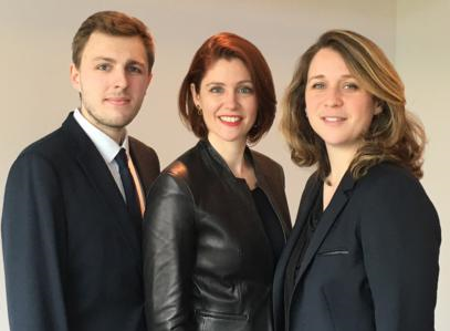 Sophie Lapisardi, expert en droit public des affaires, fonde son propre cabinet d'avocats qui reflète la modernisation de la profession.