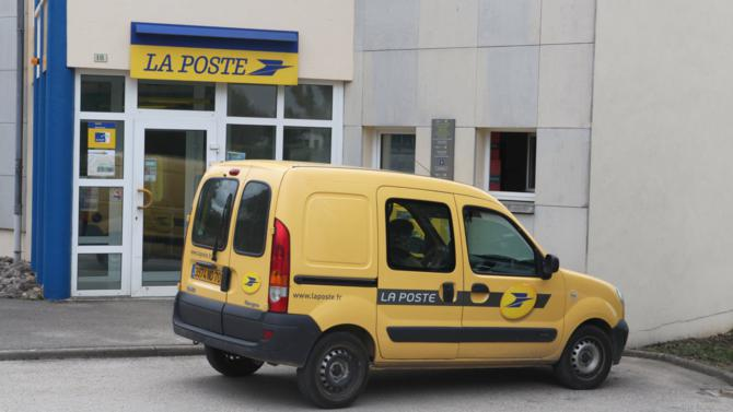 Pour faire face à la chute du courrier papier, le groupe La Poste doit trouver de nouveaux relais de croissance. Un challenge de taille qu'elle est en passe de réussir grâce au numérique.