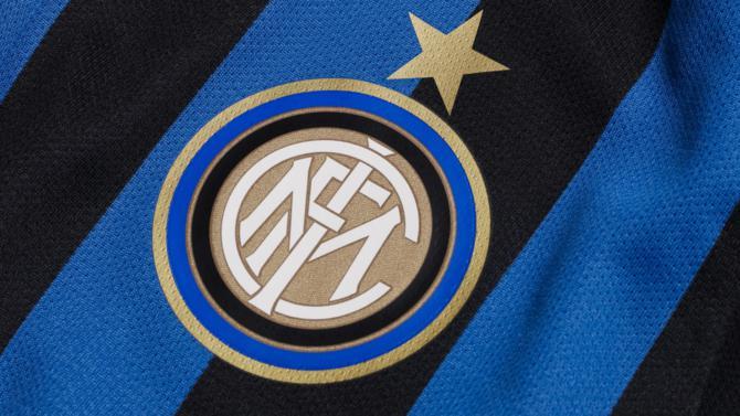 Le distributeur d'appareils électroniques et électroménagers prend 70 % du capital du club de football pour 525 M€.
