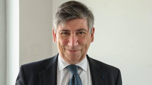 Gérard Rameix est à la tête de l'AMF depuis 2012. Sa visionglobale offre une perspective éclairée des marchés financiers dansun contexte de renforcement de l'action du régulateur pourla protection de l'épargne.