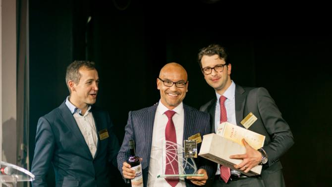 Suite à la cérémonie des Trophées du Droit organisée en mars 2016, une série d'entretiens a permis aux lauréats de chaque catégorie de répondre à nos questions. Retour aujourd'hui sur le trophée d'or du meilleur Cabinet Suisse Indépendant attribué au cabinet Bär & Karrer.