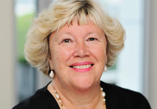 Sharon Lewis, une avocate de la famille des visionnaires.
