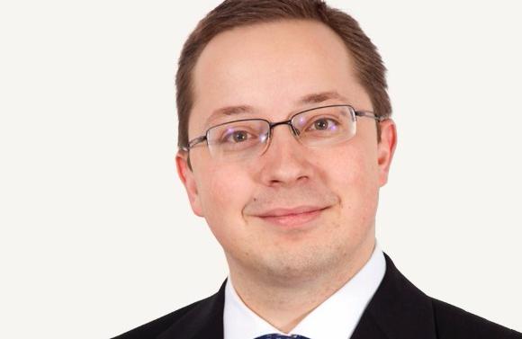 Collaborateur senior depuis 2003, Peter Van Dyck est promu au rang d'associé au sein du département dédié à la pratique IP/IT chez Allen & Overy à Bruxelles.
