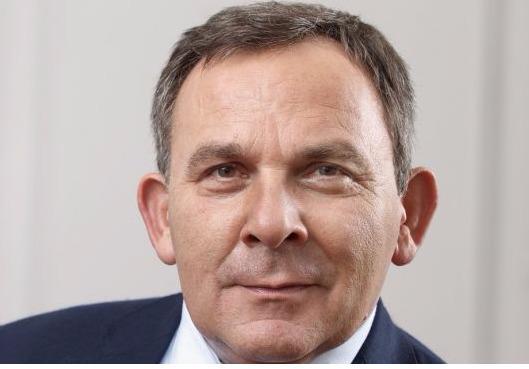 Pénaliste connu et reconnu, l'avocat Francis Szpiner, devenu notamment expert en matière de lutte contre le terrorisme, est candidat aux législatives sous la bannière Les Républicains dans la 11e circonscription de Paris.