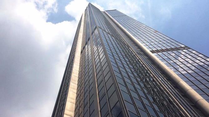 Les deux cabinets d'architectes en lice pour la rénovation de la tour Montparnasse sont les français de nouvelle AOM et les américains de Studio Gang.