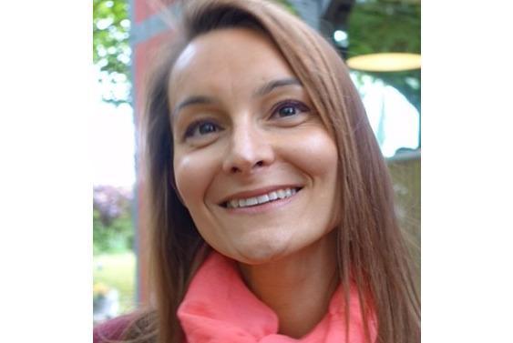 Après avoir exercé au sein de différentes enseignes de renommée dans le secteur du luxe et de la beauté, Caroline Cloarec rejoint le groupe Printemps. Cette grande connaisseuse du secteur nous explique comment l'image d'excellence de l'enseigne influence ses orientations de formation.