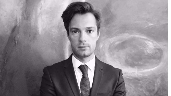 L'avocat Francis Bonnet des Tuves fonde son propre cabinet spécialiste des établissements bancaires et de crédit : Infinity Avocat.