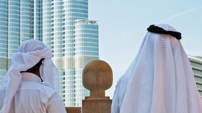 L'ÉVÉNEMENT. Décrétée par l'Arabie saoudite et l'ensemble des pays du Golfe il y a quelques semaines, la mise au ban du Qatar sous prétexte de « soutien au terrorisme » peine à convaincre. Retour sur une crise diplomatique et économique plus proche de la guerre d'influence que de la mesure sécuritaire.