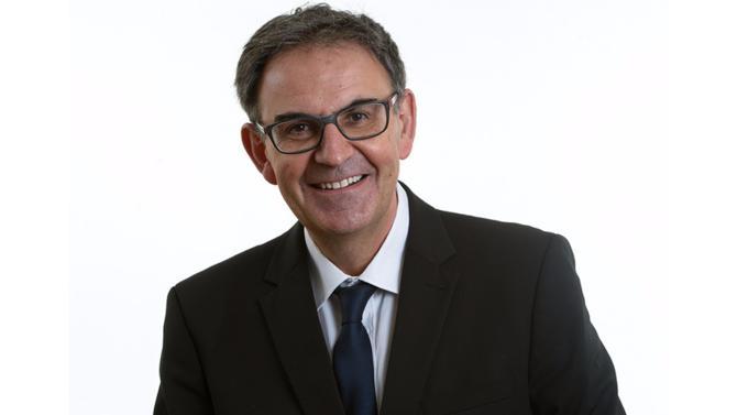 Le maire du 4e arrondissement de Lyon, premier vice-président de la métropole depuis 2014, a récupéré le 10 juillet le fauteuil de président du Grand Lyon.