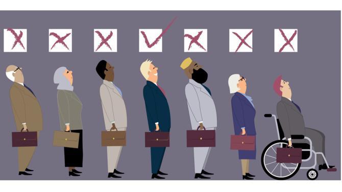 En 2006, Eurodisney publie une offre d'emploi commençant par la phrase suivante : « Si vous êtes intéressé(e) et de nationalité européenne… ». L'affaire fait grand bruit et SOS Racisme dépose plainte pour discrimination à l'embauche...
