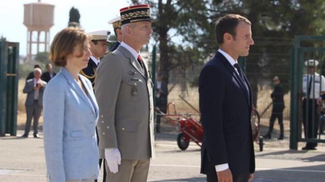 François Lecointre, militaire de renom et chef du cabinet militaire du premier ministre depuis 2011, succède au général de Villiers comme chef d'État-major. Une nomination saluée malgré la polémique autour du budget de la Défense.