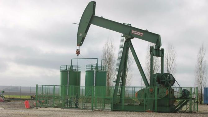 Nicolas Hulot, ministre de la Transition écologique et solidaire, a présenté le texte prévoyant l'arrêt de la recherche et de l'exploitation d'hydrocarbures en France à l'horizon 2040.