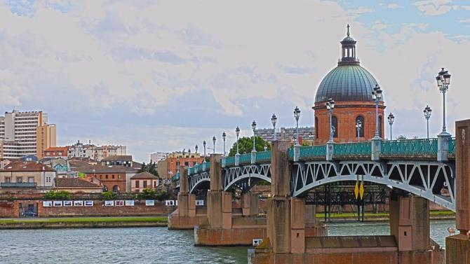 Grâce à la signature d'un partenariat avec le cabinet Apraxis, Mazars Société d'Avocats s'installe à Toulouse et complète ainsi son offre de services dans la région.