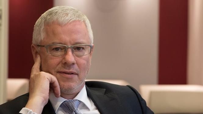 Philippe Montigny a plus de quinze ans d'expérience dans le domaine de la lutte anticorruption. Aujourd'hui président d'Ethic Intelligence qu'il a fondée en 2006, il est convaincu qu'une bonne compliance, bien intégrée dans la stratégie, encourage le développement des entreprises.