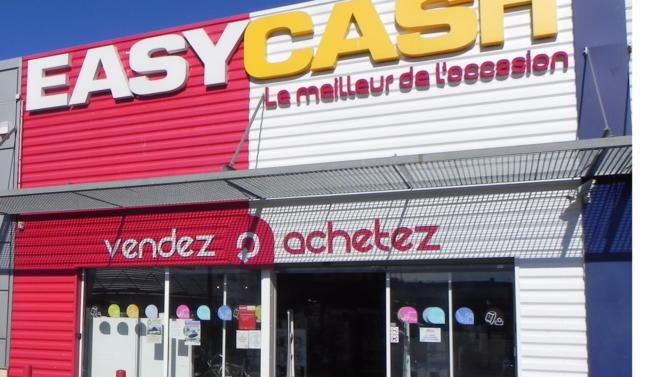 L'acheteur-revendeur de produits d'occasion accueille le fonds Ouest Croissance à son capital. Des ouvertures de magasin en province sont au programme!