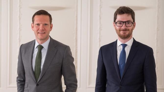Fondé par Régis Mahieu et Jens Bürkle, Aperwin est le premier cabinet d'avocats d'affaires alliant l'expertise du droit au management du contrat. L'objectif : accompagner les entreprises durant tout le processus contractuel.