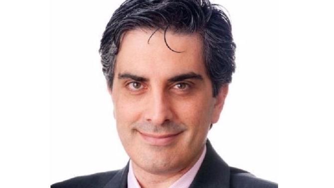 Michael Julian rejoint Alstom en 2015 peu de temps après la vente de l'activité énergie du groupe à General Electric. Il prend alors la tête du département compliance et est chargé de constituer une nouvelle équipe de professionnels du secteur.