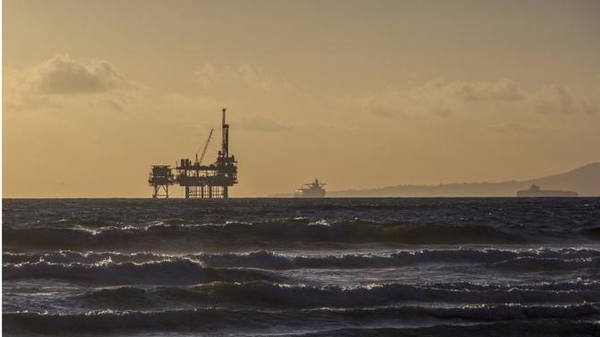 Le cours du baril de pétrole s'est stabilisé au dessus des 60 dollars, une situation inédite depuis près de deux ans.