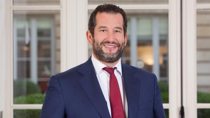 En recrutant trois professionnels de chez Linklaters, Jones Day se dote d'une équipe de renom en private equity. L'occasion pour le cabinet d'étendre son offre de services juridiques.