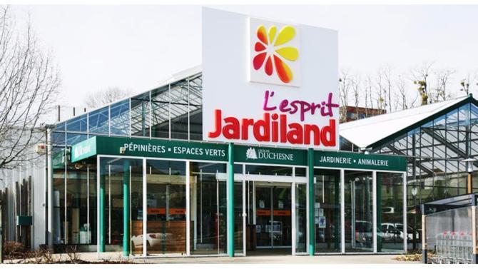 L-Gam s'apprête à céder le groupe qu'il a remis sur pieds, Jardiland, au concurrent InVivo (Gamm Vert, Delbard). Une belle opération qui créera un poids lourd aux 2,3 MD€ de revenus.