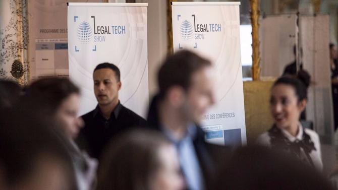 En pleine mutation, le marché du droit voit de nouveaux acteurs s'implanter et bouleverser les pratiques traditionnelles. Avec un mot d'ordre : mettre la technologie au service de ses acteurs. Rencontre avec les nouvelles start-up du droit au Legal Tech Show, qui se déroulait le 9novembre lors des Trophées du droit.