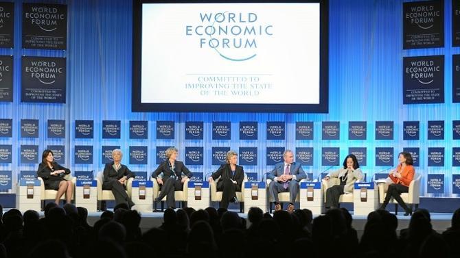 Comme l'an dernier, le Forum économique mondial de Davos a fait du harcèlement et de l'égalité salariale ses priorités. Problème, les femmes ne représentent que 21 % des participants.