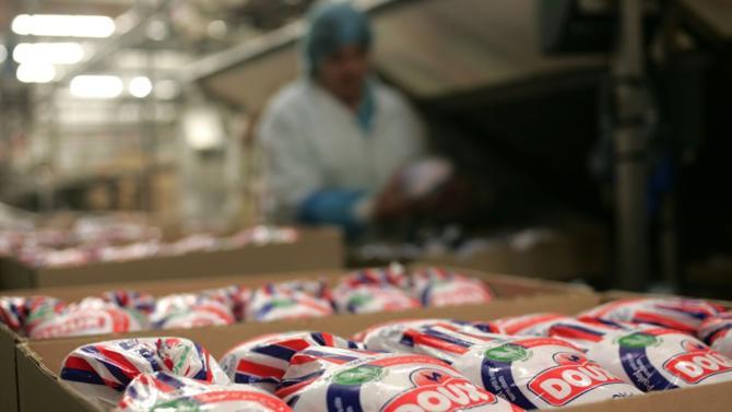 Déjà placé en redressement judiciaire en 2012, Doux fait aujourd'hui face au jugement du Tribunal de commerce de Rennes ordonnant sa liquidation. Les poulets Loué et l'ukrainien MHP sont à l'affût.