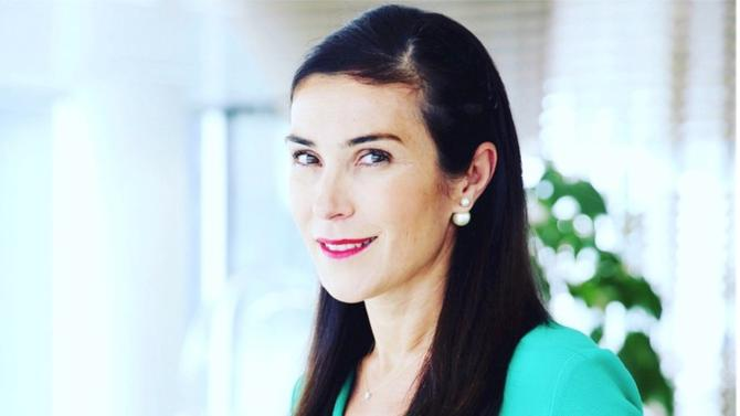 Marlène Dolveck intègre le département Retail et Wealth management de la banque britannique.