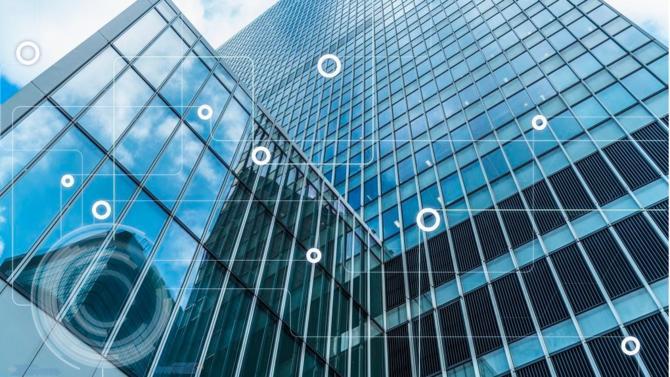 La Smart Building Alliance et Certivéa ont dévoilé le label Ready2Services (R2S). Celui-ci certifie la qualités des services informatiques proposés par les bâtiments tertiaires.