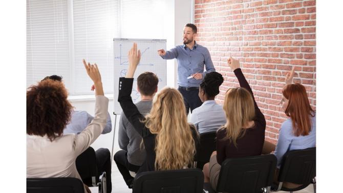 Pour satisfaire aux exigences de réussite d'une entreprise ou d'une organisation, les gestionnaires de celles-ci se doivent de parfaire leur formation professionnelle en management afin d'appliquer ces acquis de manière pertinente dans le contexte de leurs activités.