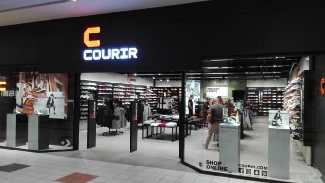 Le grand distributeur profite du dynamisme du marché de la chaussure de sport et poursuit sa cure d'amincissement. Le réseau de points de vente est valorisé à 283 millions d'euros.