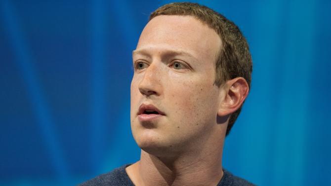 Mark Zuckerberg règne sans partage sur un réseau social de plus de 2,2 milliards d'utilisateurs. Le P-DG en éternel sweat et baskets cultive désormais une image de philanthrope. Des préoccupations qui pourraient le conduire à la tête d'une grande fondation philanthropique… ou derrière un bureau ovale.