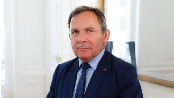 Avocat pénaliste fondateur du cabinet STAS, Francis Szpiner est un des 50 meilleurs avocats du barreau d'affaires édition 2018. Il fait partie de la famille des ténors.