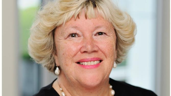 Sharon Lewis est un des 50 meilleurs avocats du barreau d'affaires édition 2018. Elle fait partie de la famille des visionnaires.