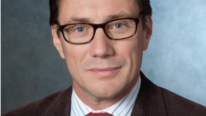 Fondateur de son propre cabinet, Dominique Bompoint est un des 50 meilleurs avocats du barreau d'affaires édition 2018. Il fait partie de la famille des références.