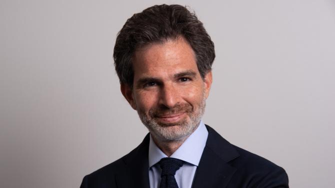 Laurent Bensaid est un des 50 meilleurs avocats du barreau d'affaires édition 2018. Il fait partie de la famille des rising stars.
