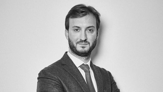 Étude jeune et dynamique, R&D Notaires accompagne institutions bancaires, entrepreneurs et grandes fortunes. Convaincu du rôle central du notaire, Julien Rémusat nous livre sa vision d'un secteur en pleine évolution.