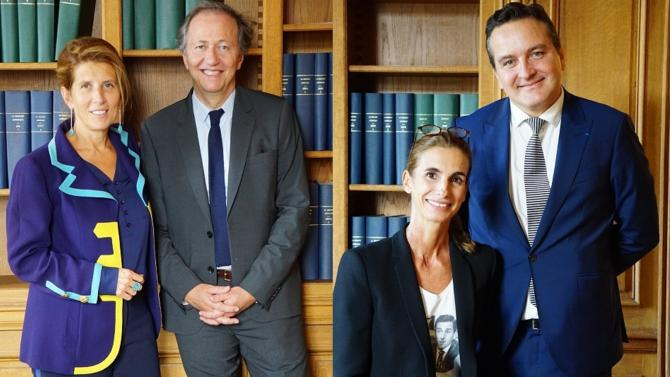 Les binômes Cousi/Roret et de Seze/Dubois arrivent en tête du premier tour des élections du futur bâtonnier de Paris et de son vice-bâtonnier. Les résultats en détail.
