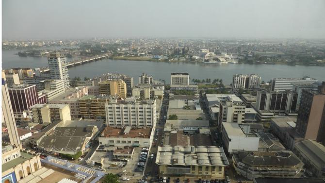 Steering Legal s'implante à Abidjan grâce à un partenariat avec le cabinet local Eka.