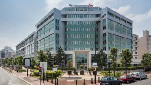 J.P. Morgan Asset Management investit au nom d'un fonds qu'il gère dans l'immeuble situé au 131-149 rue Victor Hugo à Levallois-Perret. Une opération qui s'inscrit dans sa stratégie de repositionnement d'actifs immobiliers de bureaux sur des secteurs « plébiscités par les utilisateurs ».
