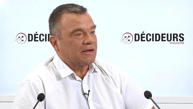 Européennes, relations avec Éric Drouet, violences, rapports avec le gouvernement… L'un des trois cofondateurs des Gilets jaunes libres se confie à Décideurs Magazine.