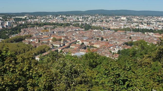 Le cabinet de niche en droit public des affaires poursuit son implantation en région en s'installant à Besançon.